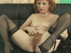 Hairy pussy mature porn tube